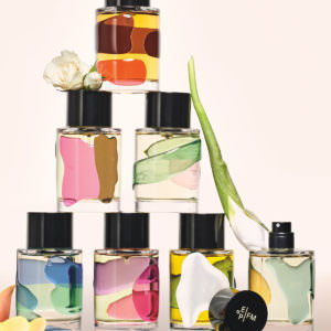Doming Synia ; doming ; synia ; etiquette 3D ; etiquette en relief ; transparent ; etiquette transparente, doming transparent ; Frederic Malle ;